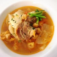 豚肉と白菜とかぶのハンガリー風シチュー