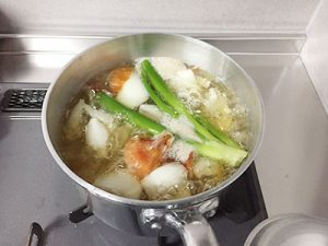野菜くず煮沸