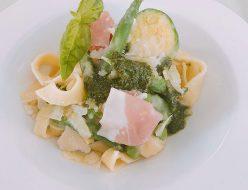 春野菜とフィットチーネの ポテトジェノヴェーゼソース