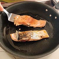 秋鮭ときのこのクリームパスタ①